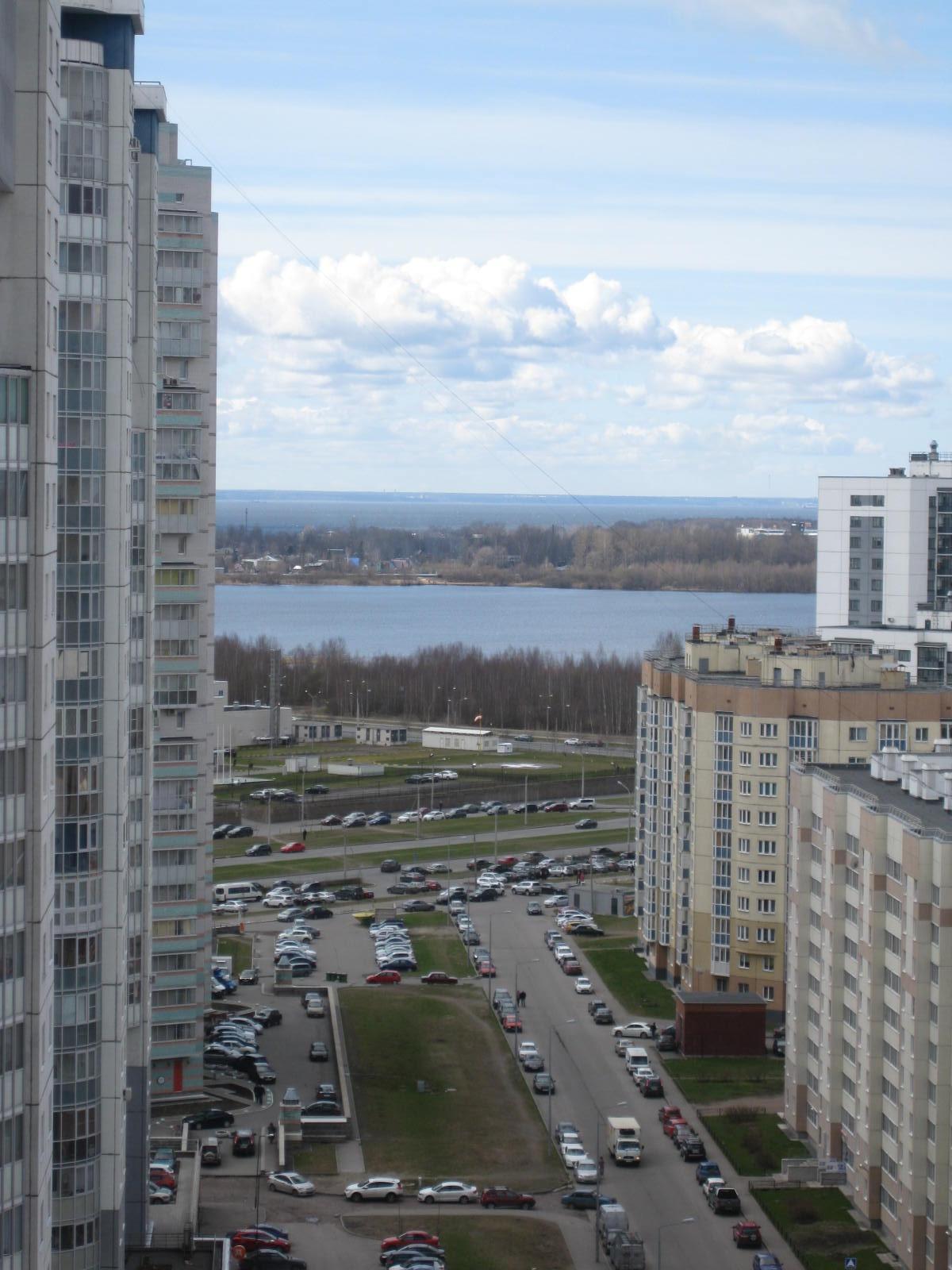 Сдается видовая, 2-х комнатная квартира с видом на разлив на ул. Туристская 30