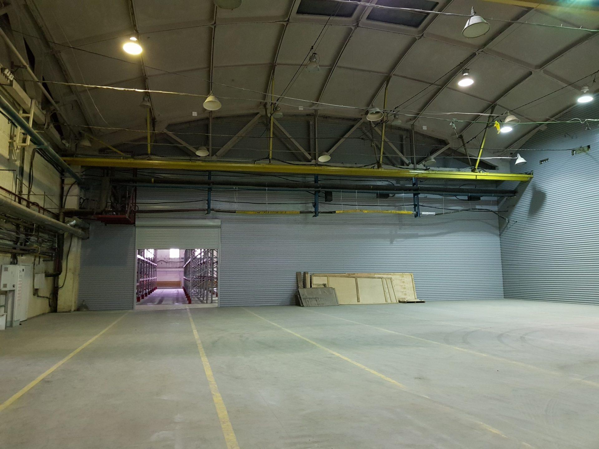 Производственно-складское теплое помещение, общей площадью 1500 кв.м , по адресу. С-Петербург, пос. Парголово ул. Железнодорожная