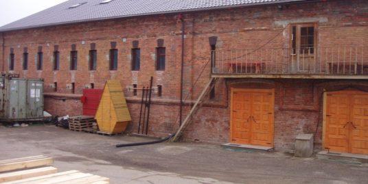 Компания сдает в аренду отапливаемый склад 250м2, 1эт, пос. Мурино, ул. Лесная, д.3