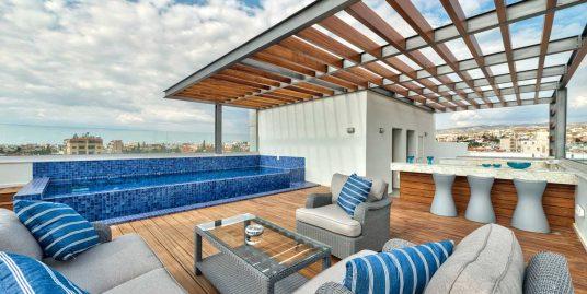 Продается роскошный 3 сп. Пентхаус, Лимасоль,Кипр, 263,2м2 с частным бассейном на крыше.